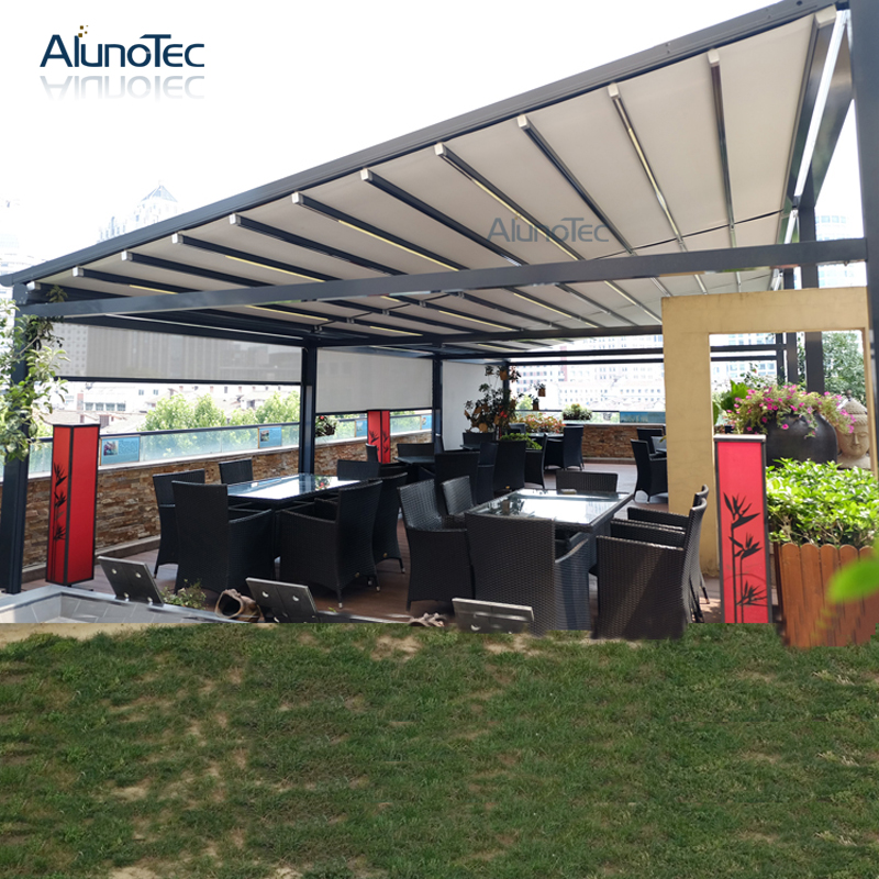 Outdoor Automatic Awning Retractable Side Awning With Curtain