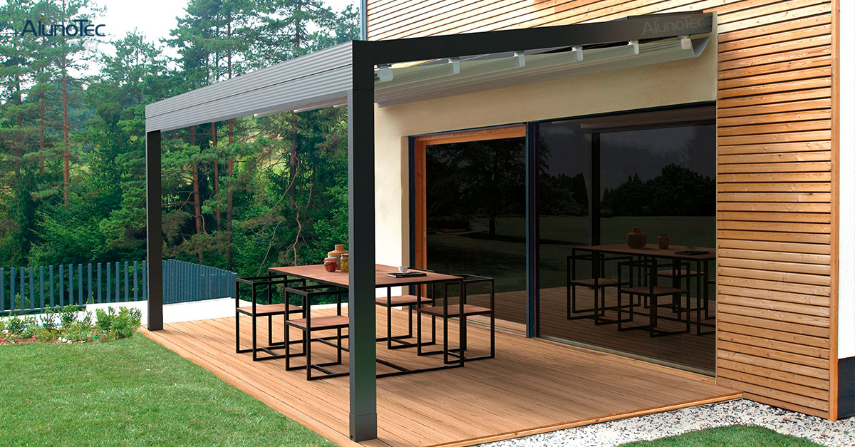 Retractable Awning Details and Feature