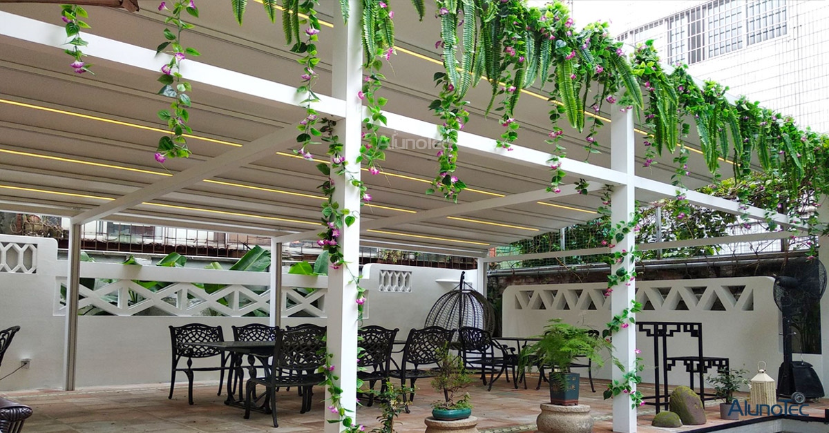 Motorized Retractable Awning - The Best Coffee Shop Roof